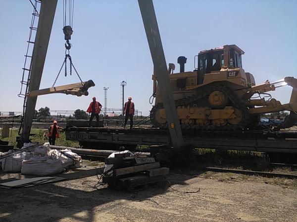 Приём и отправка негабаритных грузов, спецтехники и оборудования.