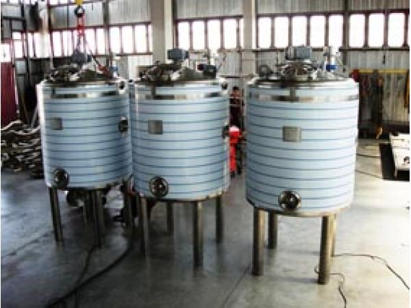 Ёмкости для производства молока и сыроварения