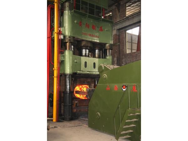 Пресс ковочный гидравлический модели усилием от 800 до 6000 тн