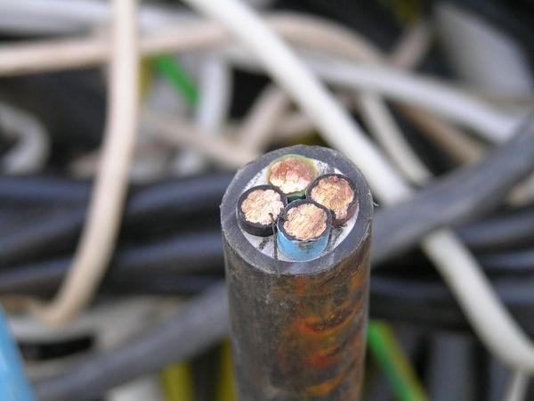 Купим кабели, провода всех марок и видов на лом!