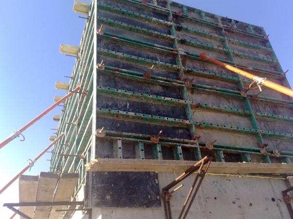Куплю Б/У опалубку -,стеновую и перекрытий,бетономешалки,фанеру,ригеля