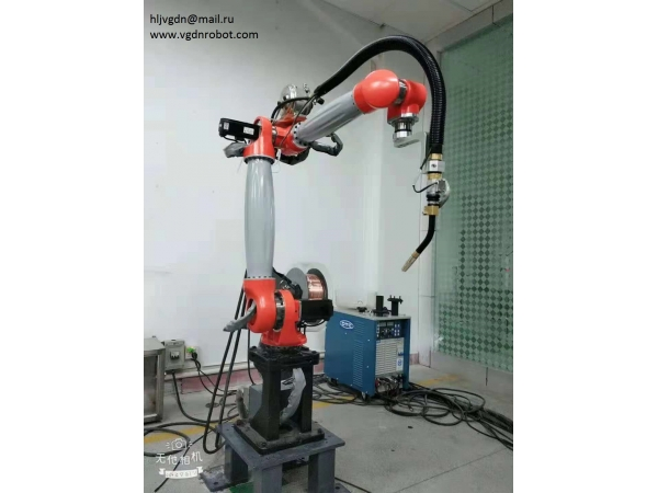 Продаем промышленный робот для сварки