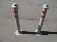 Металлические парковочные столбики