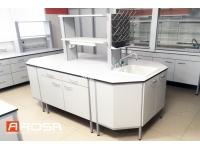 Компания Ароса СПб оснащает лаборатории под ключ мебелью, оборудование