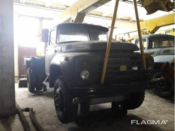Кран на автомобильном ходу ЗИЛ-130 КС-2561