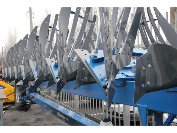 Полунавесной оборотный плуг Overum серии DVL FXS