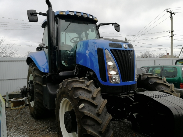 Трактор New Holland T8040 с наработкой
