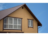 Класический сайдинг Блок-хаус из ПВХ от завода Доломит