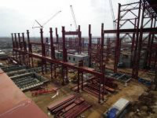 В ЭСПЦ сортового завода в Балаково ведется монтаж конструктивов под основное оборудование
