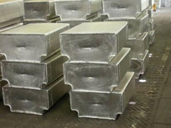 Русал в 2012 году продаст Glencore около 1,4 млн т алюминия