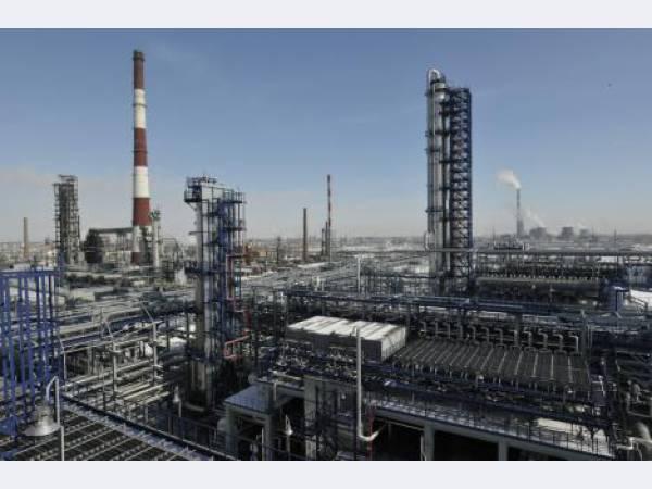 За 3 года «Газпром нефть» направит на модернизацию ОНПЗ более 50 млрд руб.