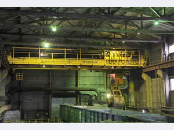 «Святогор» приобрел мостовой грейферный кран