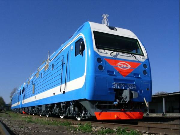 НЭВЗ увеличит выпуск секций локомотивов для РЖД из-за украинского кризиса