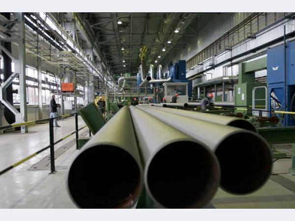 Компания ОМК продолжает производить трубы для