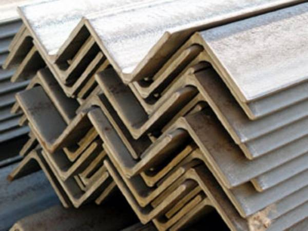 НЛМК-Калуга начала поставки новой продукции - стального уголка 63х6