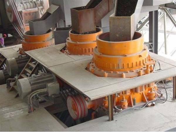 РУСАЛ расширяет производство на Бокситогорском глиноземном заводе