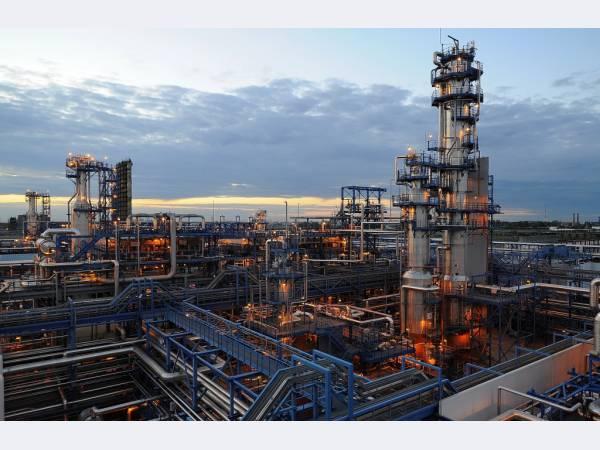 Омский НПЗ начал строительство инфраструктуры проектов второго этапа модернизации
