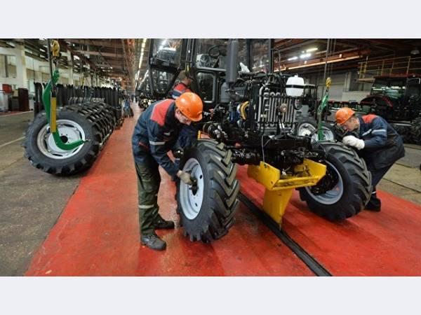 Тракторные заводы в Чувашии будут переданы Ростеху