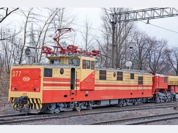 На Михайловском ГОКе обновляют парк железнодорожной техники