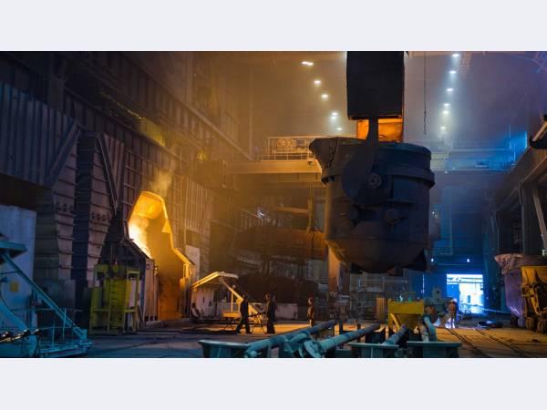 Производство стали на ММК выросло до 12,544 млн т в 2017 г.