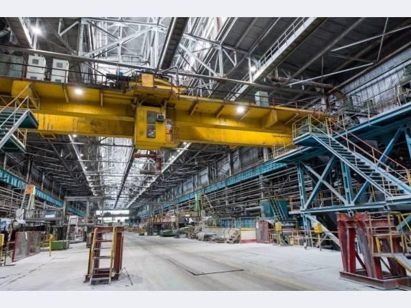 ВИЗ-Сталь обновляет парк кранового оборудования