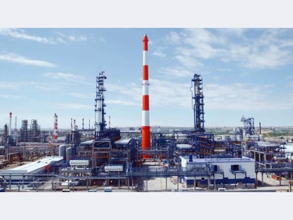 Орский НПЗ в январе увеличил объем переработки нефти на 5,1%